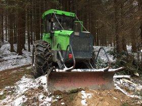 Oprava systému AdBlue speciálního kolového lesního traktoru EQUUS 175N
