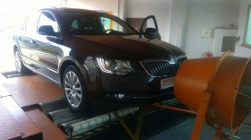 Chiptuning včetně měření na válcové zkušebně vozu Škoda Superb II 2.0 TDI