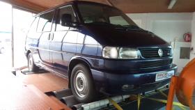 Měření na válcové zkušebně vozu VW Transporter T4 2.5 TDI