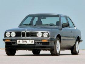BMW 3 E30 - 324TD, 85 kW