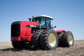 Buhler Versatile Buhler Versatile - SCRAPER TRACTORS 435SS 15L, 324 kW